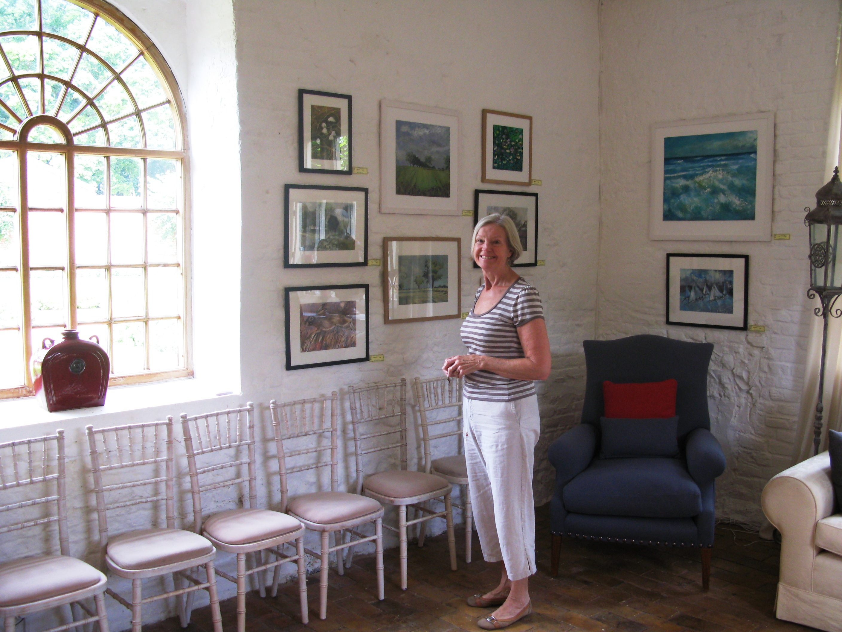 Pat Tinsley Norfolk artist in studio